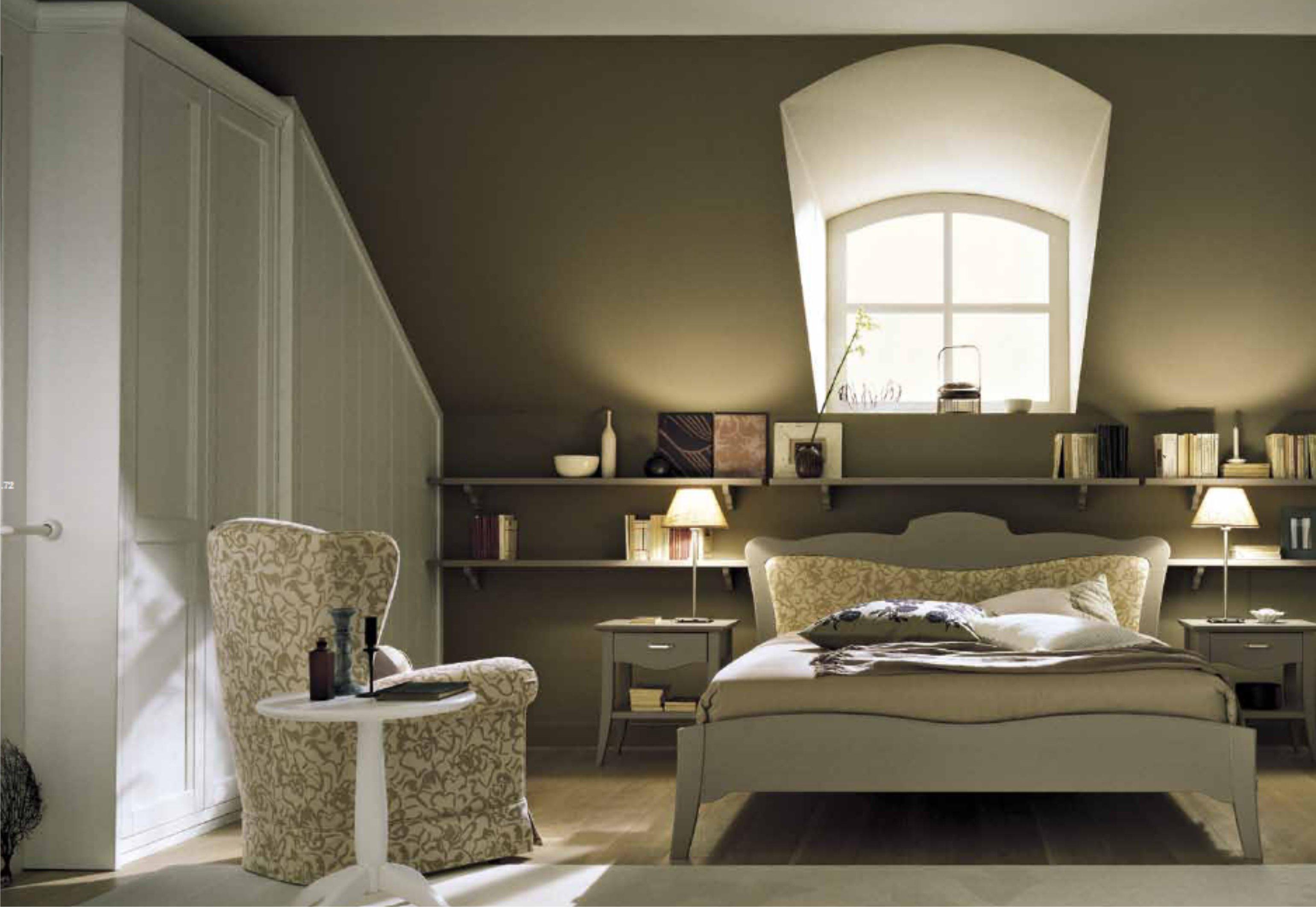Prezzi Camere Da Letto Matrimoniali Complete : Camera da letto matrimoniale in mansarda