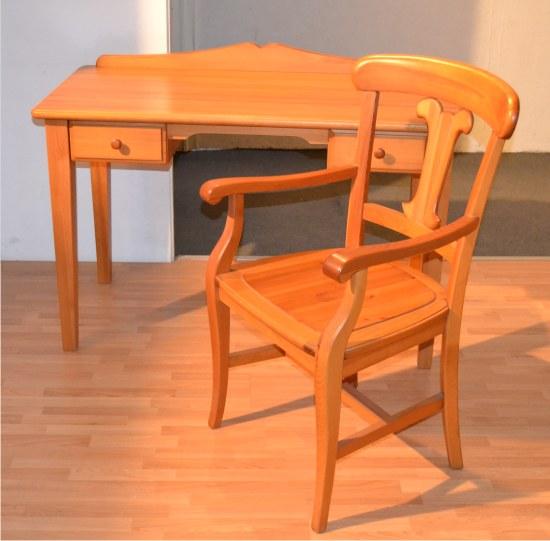 scrittoio e sedia di grattarola