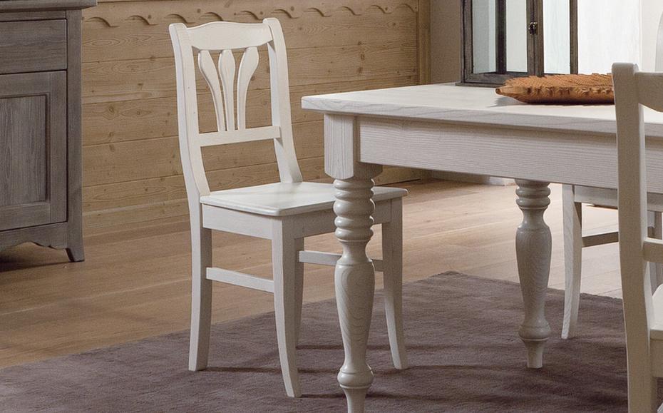 Sedia classica tabi sedie da cucina online for Sedie cucina prezzi