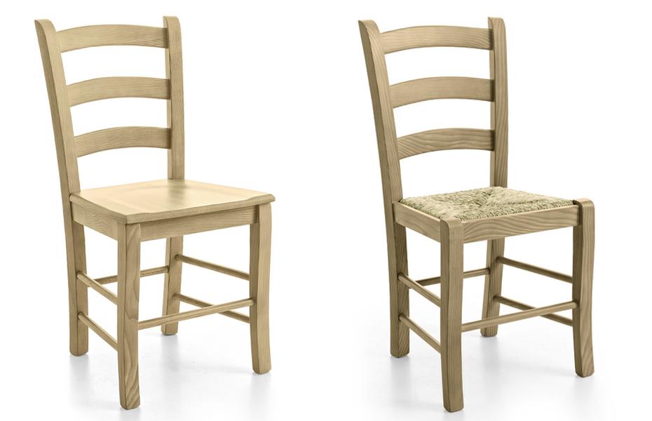 Sedia paesana da cucina, in paglia e legno.