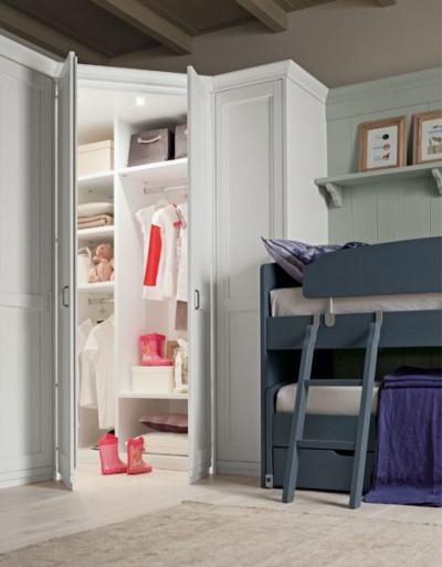 cabina armadio in legno massello scandola bianca